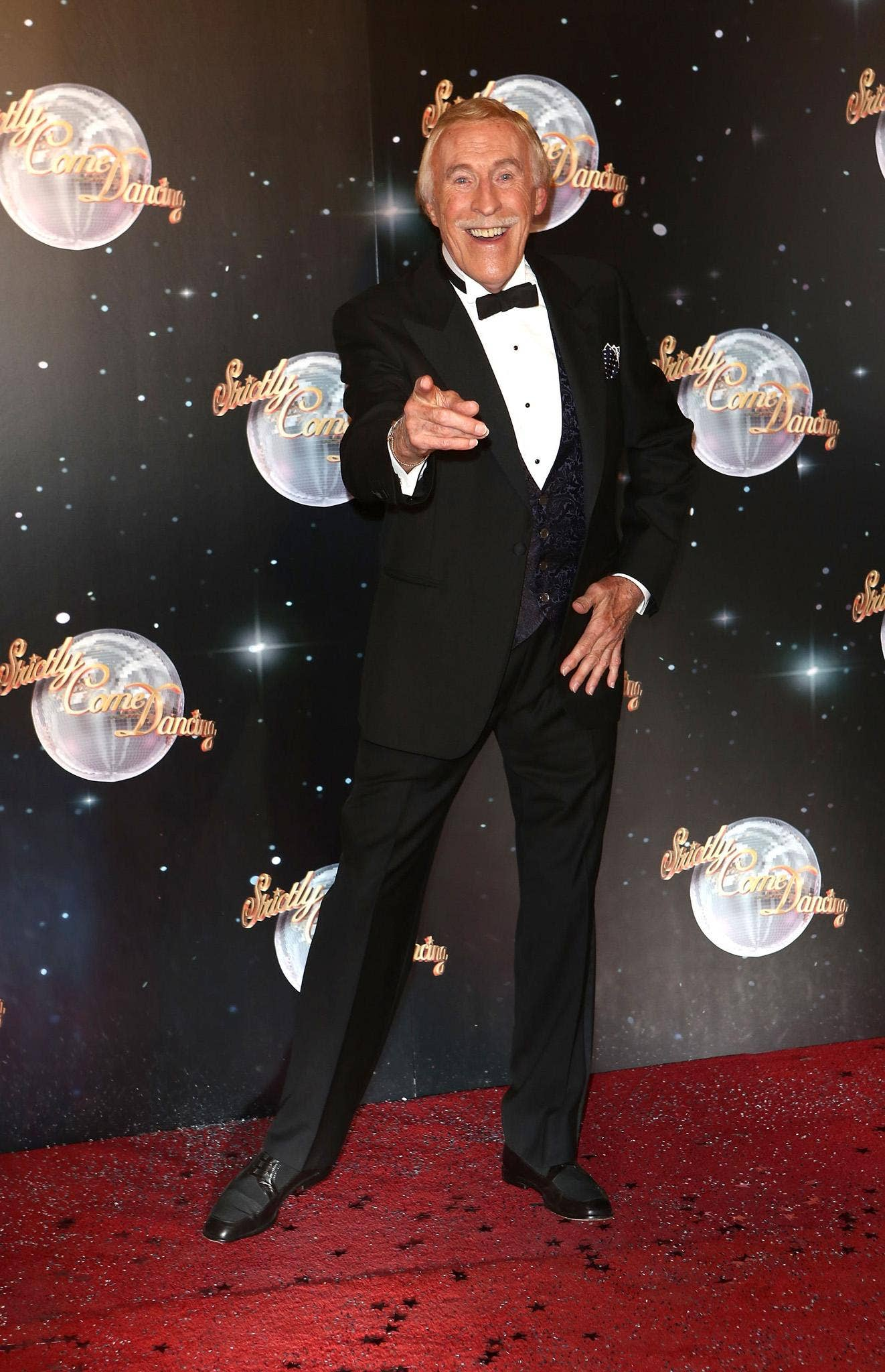 Bruce Forsyth is to keep dancing on Strictly