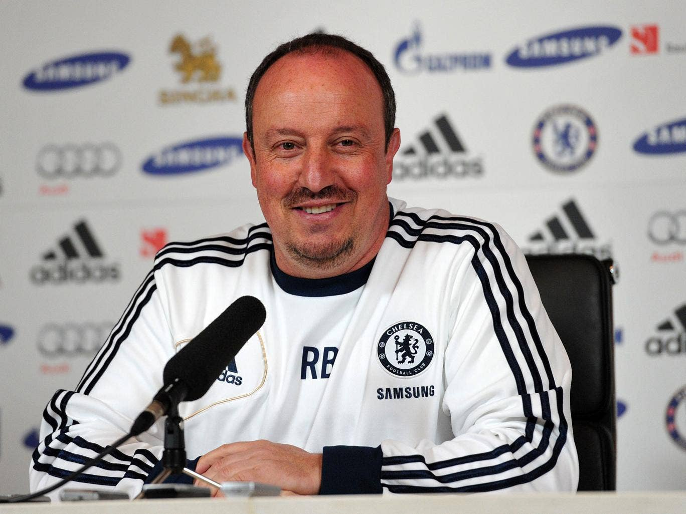 Chelsea's Spanish interim manager Rafael Benitez
