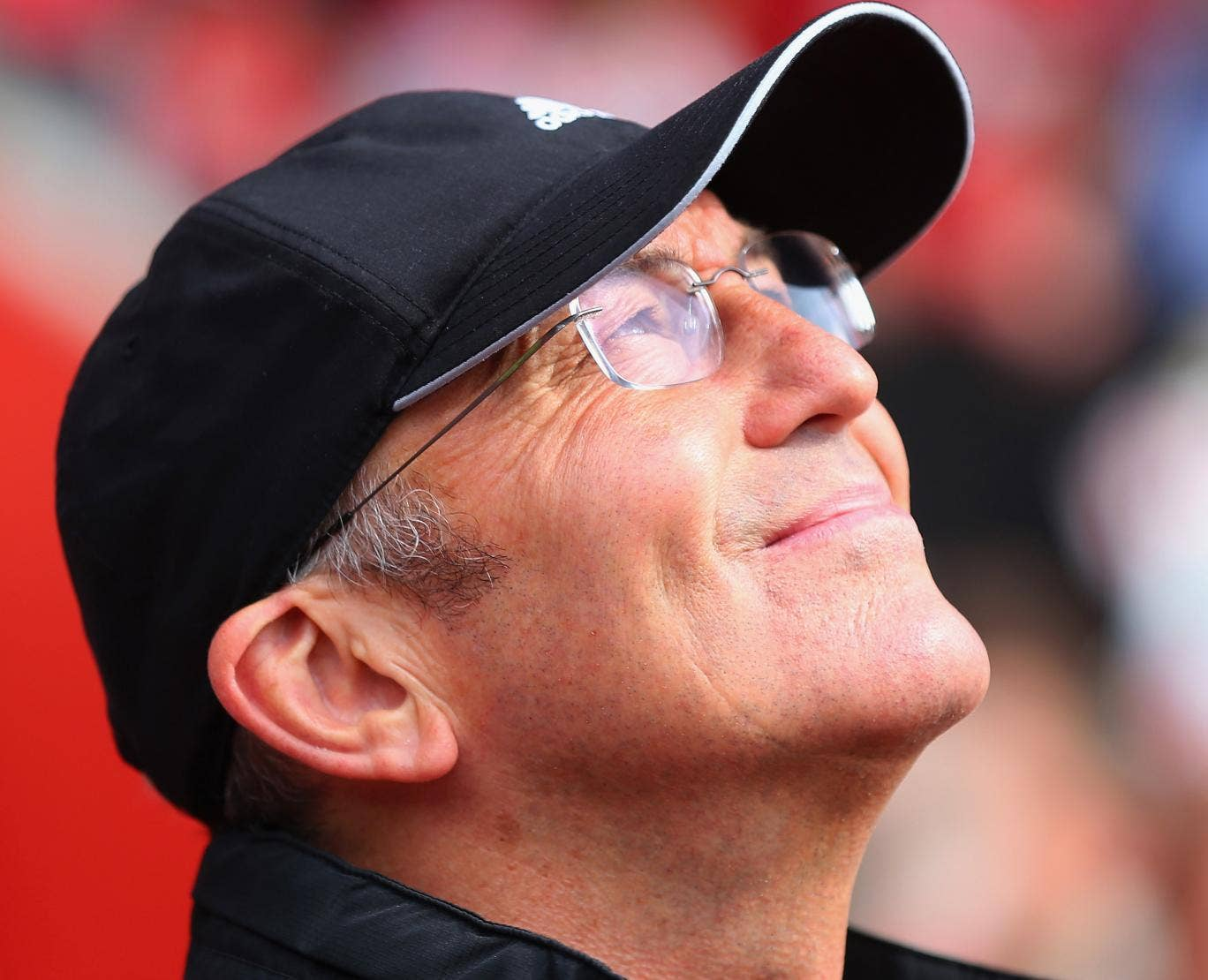 Tony Pulis stares to the heavens before the kick-off of Southampton v Stoke
