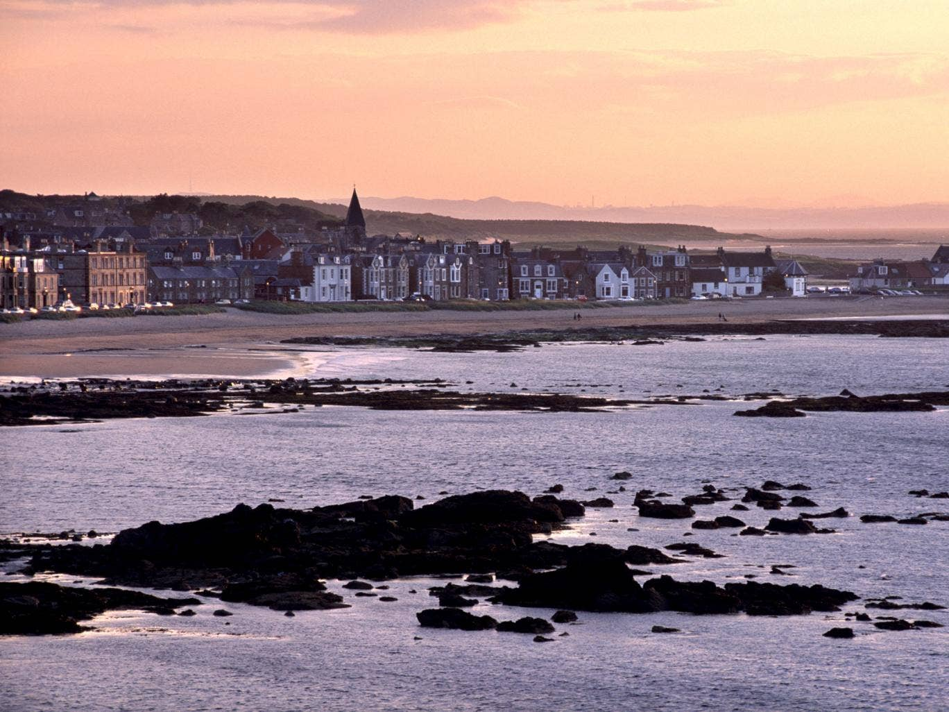 Stonehaven in Aberdeenshire was one of the beaches which received the red flag for their water quality
