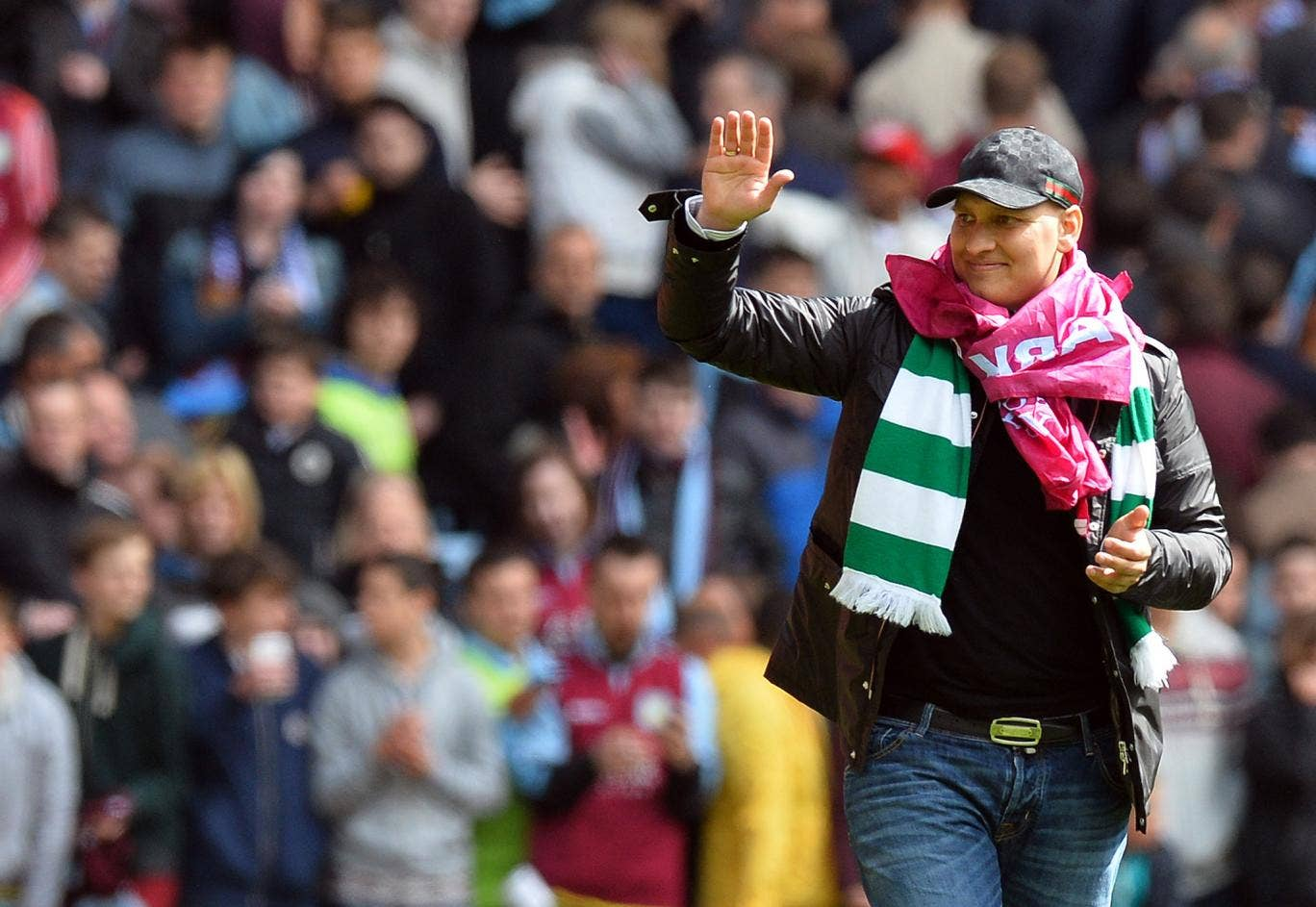 Stiliyan Petrov leads Aston Villa on their lap of honour after their final-day clash with Wigan