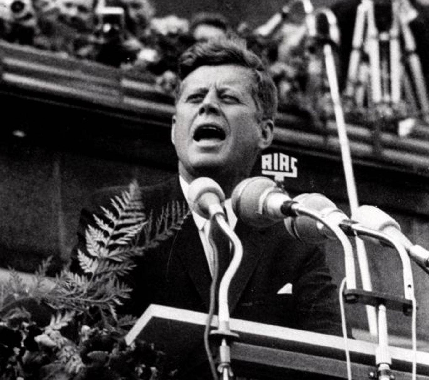 Kennedy declares 'Ich bin ein Berliner' in West Berlin in 1963