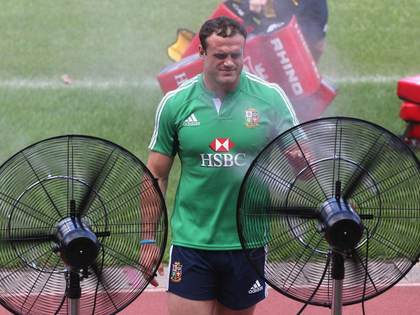 Jamie Roberts cools off during training in Hong Kong yesterday