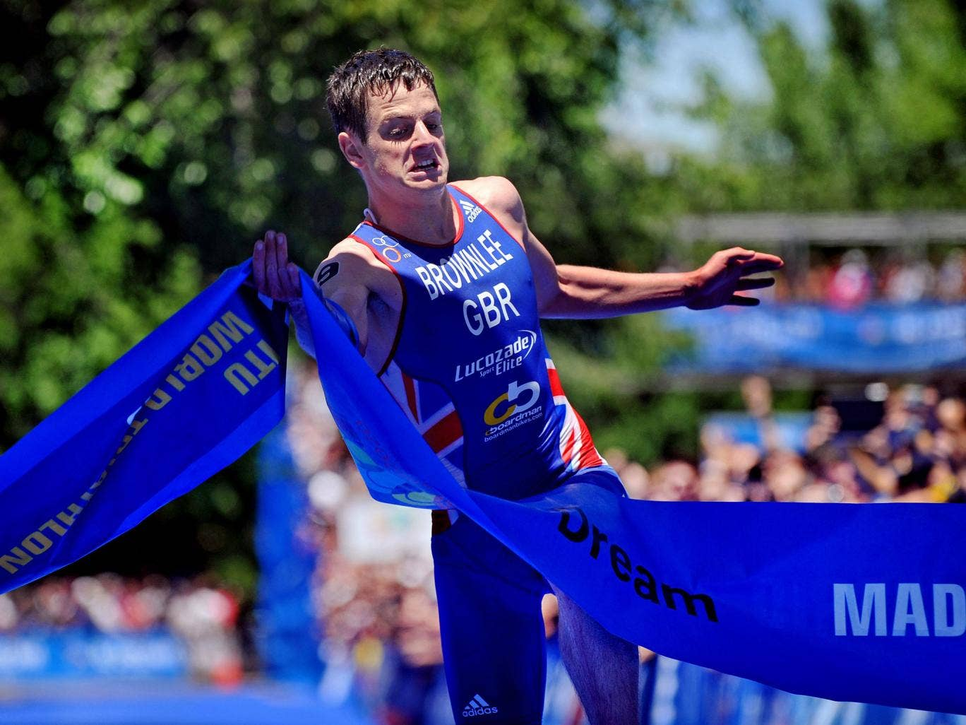 Jonathan Brownlee claimed a second consecutive win in this year's World Triathlon Series