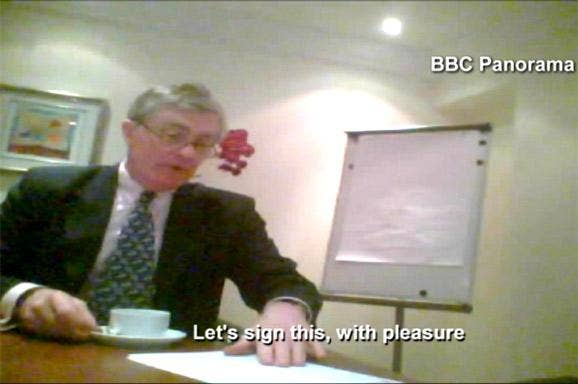 Patrick Mercer MP signs a contract with the fake lobbying company set up by BBC Panorama