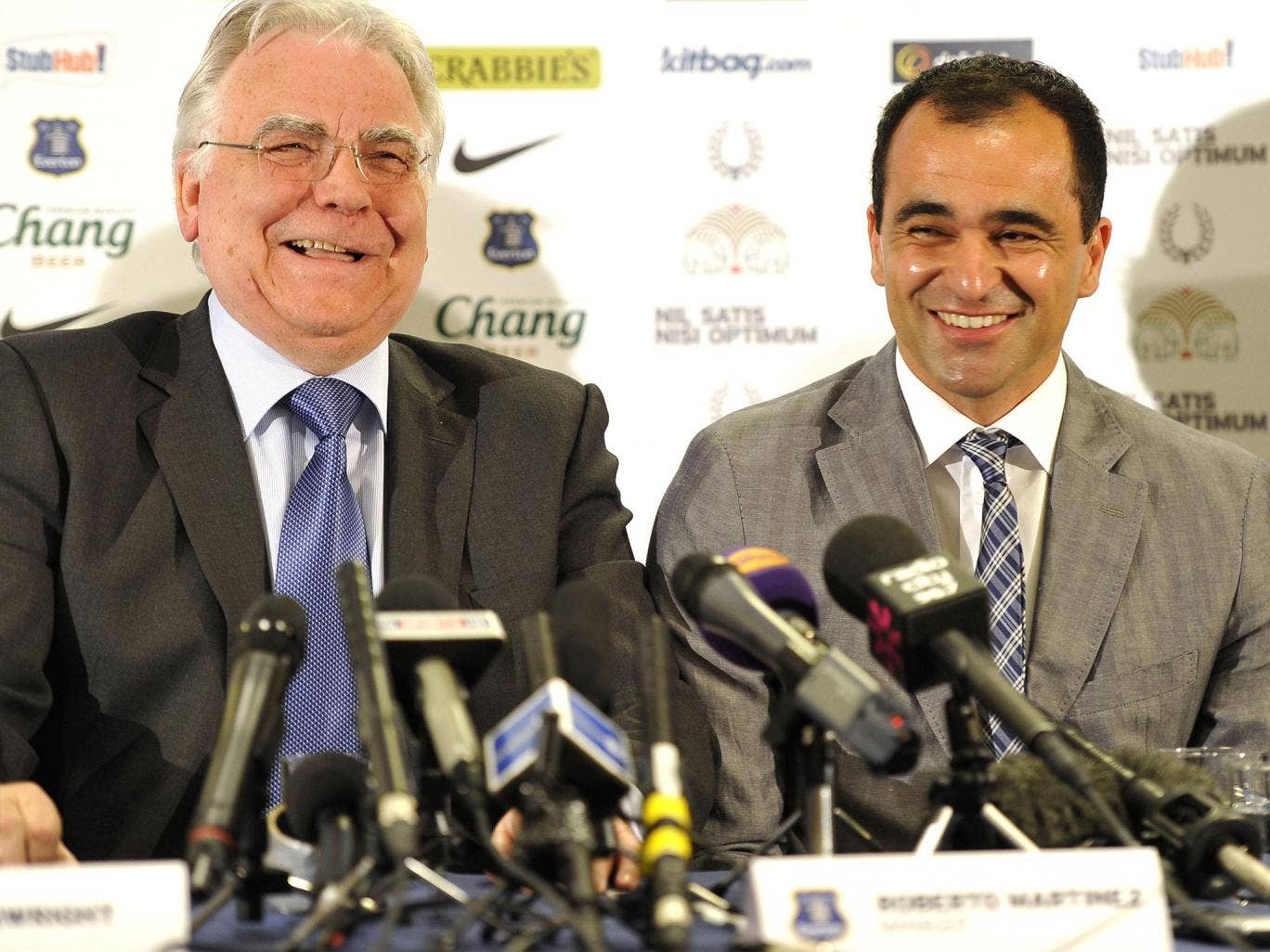 Roberto Martinez (right) with Bill Kenwright at Everton yesterday