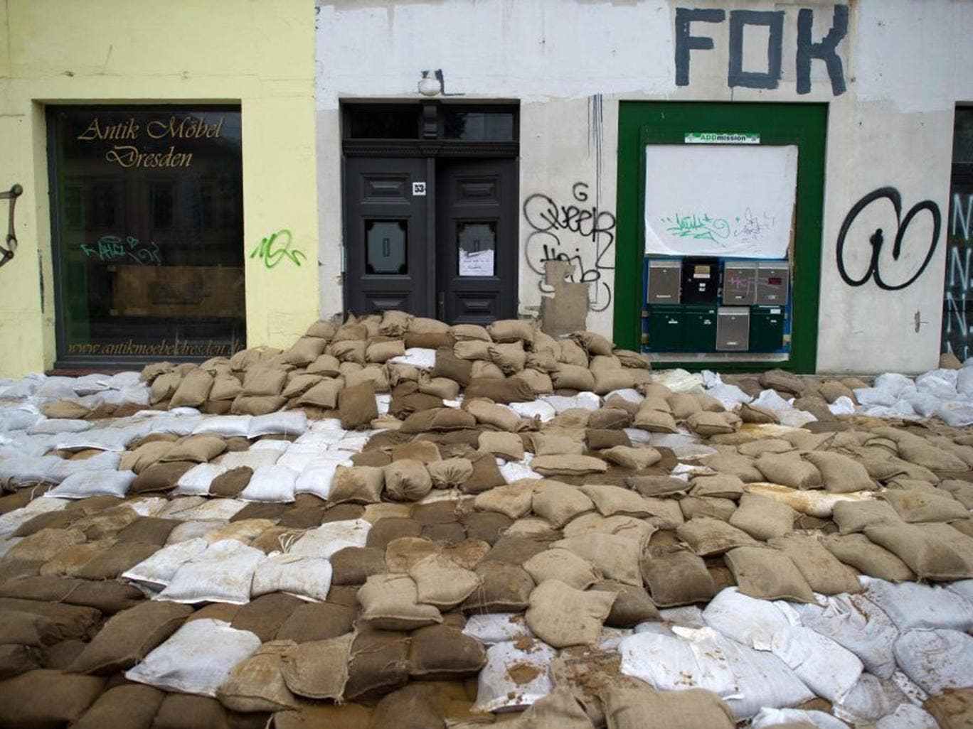 Sandbags protect a premises against the flood in Dresden, Germany, on 6 June 2013. Today's flood crest is likely to be the biggest test yet of its floodwalls since 2002 when the Elbe River inundated historic palaces