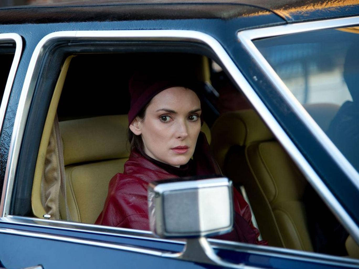 Winona Ryder plays the unsuspecting wife of a Mafia killer