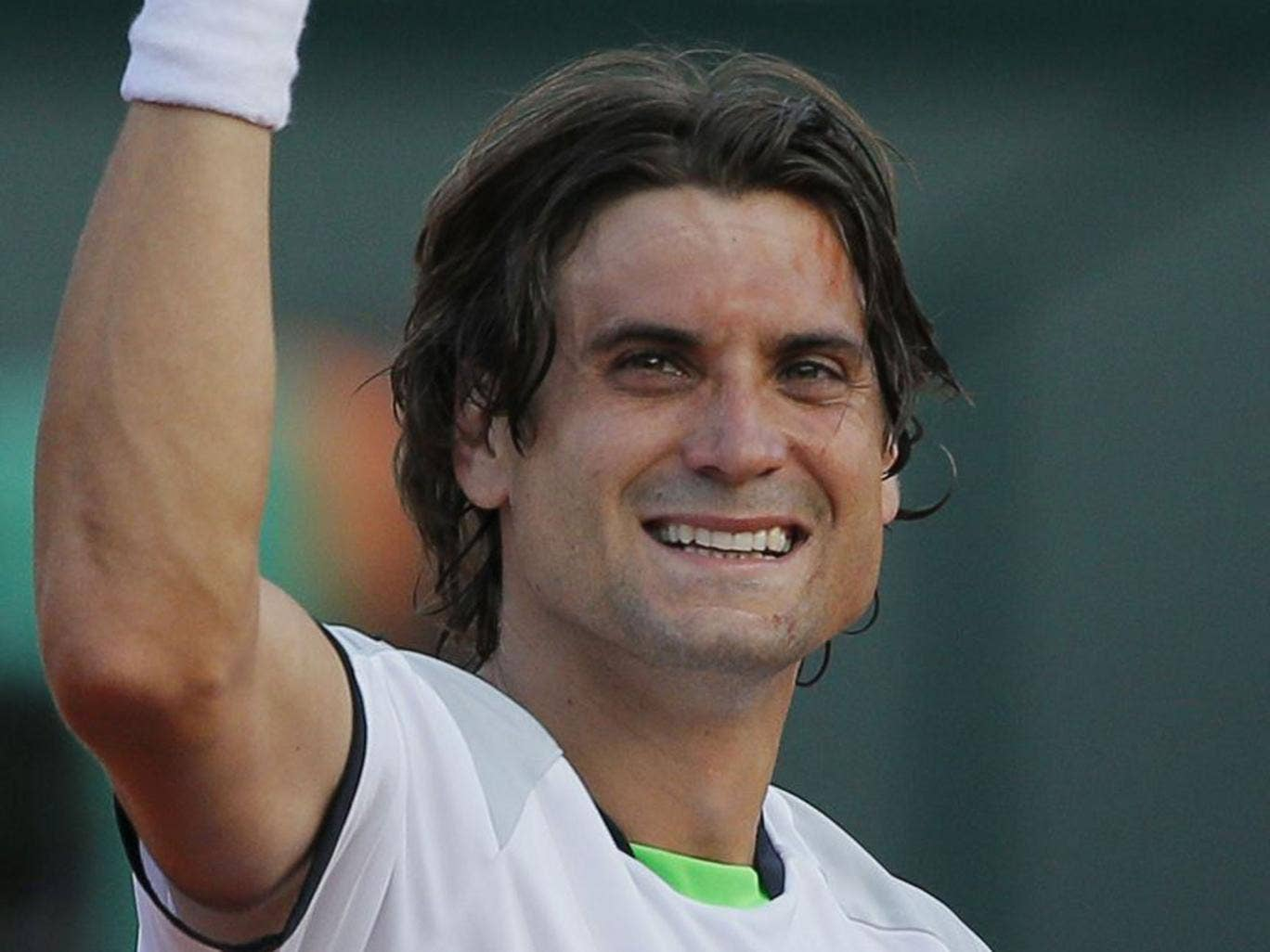 Hoping to make a fist of it: David Ferrer really needs a miracle today