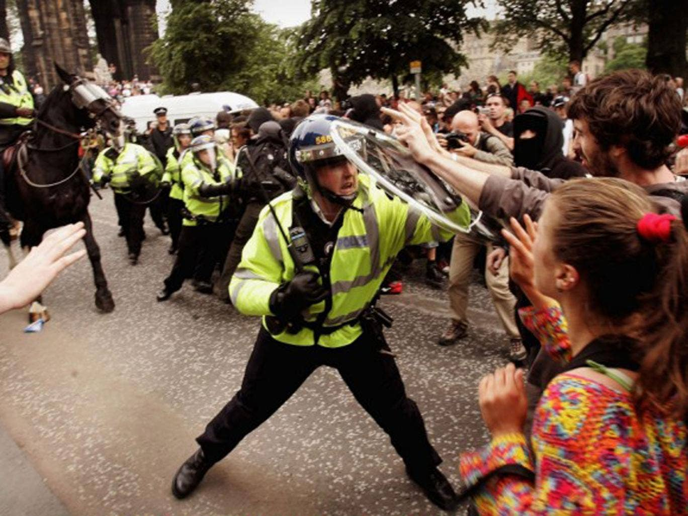 Police clash with protesters in Edinburgh on 4 July 2005 ahead of the Gleneagles summit