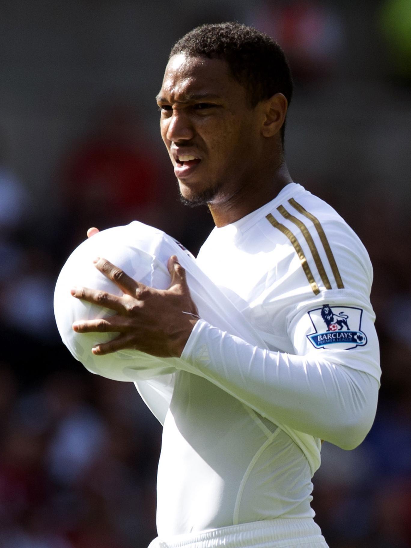 Swansea have re-signed Jonathan de Guzman on loan for next season