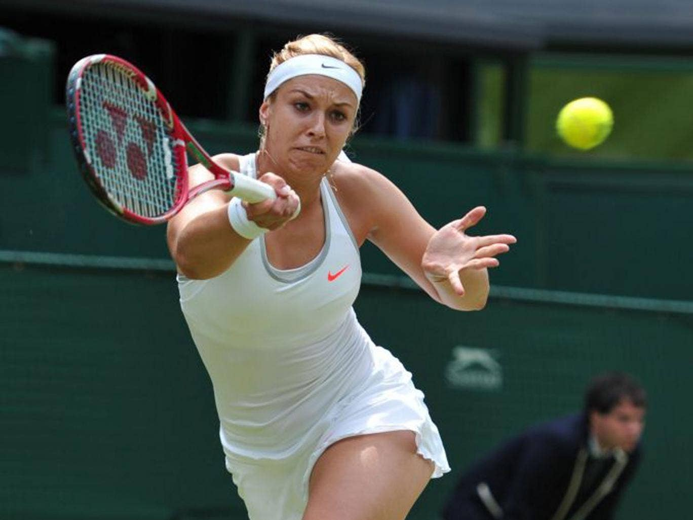Sabine Lisicki's aggressive approach got the better of Serena Williams
