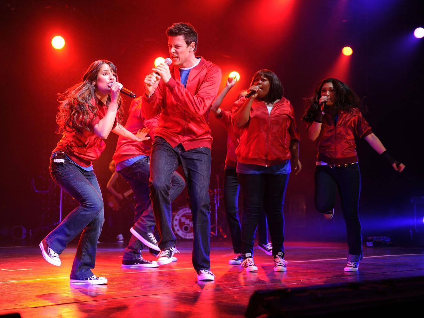 Lea Michele, Cory Monteith, Amber Riley and Jenna Ushkowitz perform at Radio City Music Hall, NY in 2010