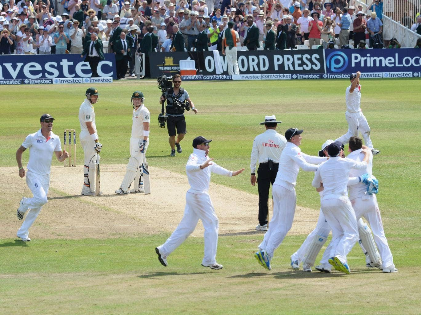 England celebrate victory as the review verdict reveals that Brad Haddin is out