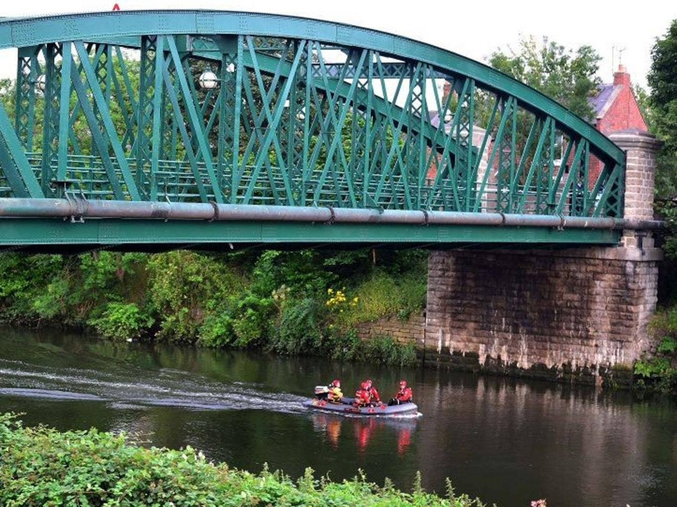 Emergency services search the River Wear for two girls who got into trouble swimming on Tuesday
