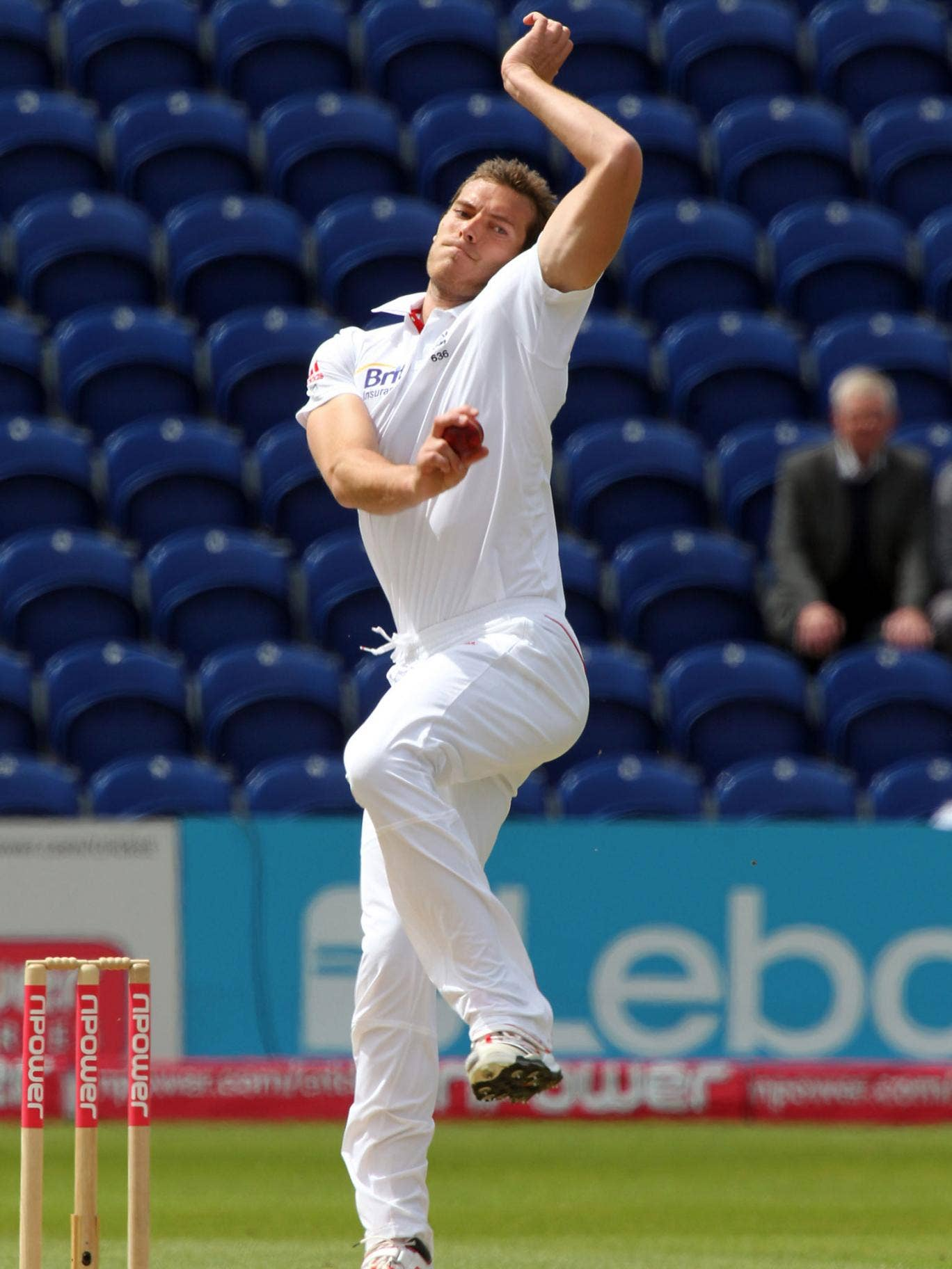 Chris Tremlett has been called up to the England squad for the third Test