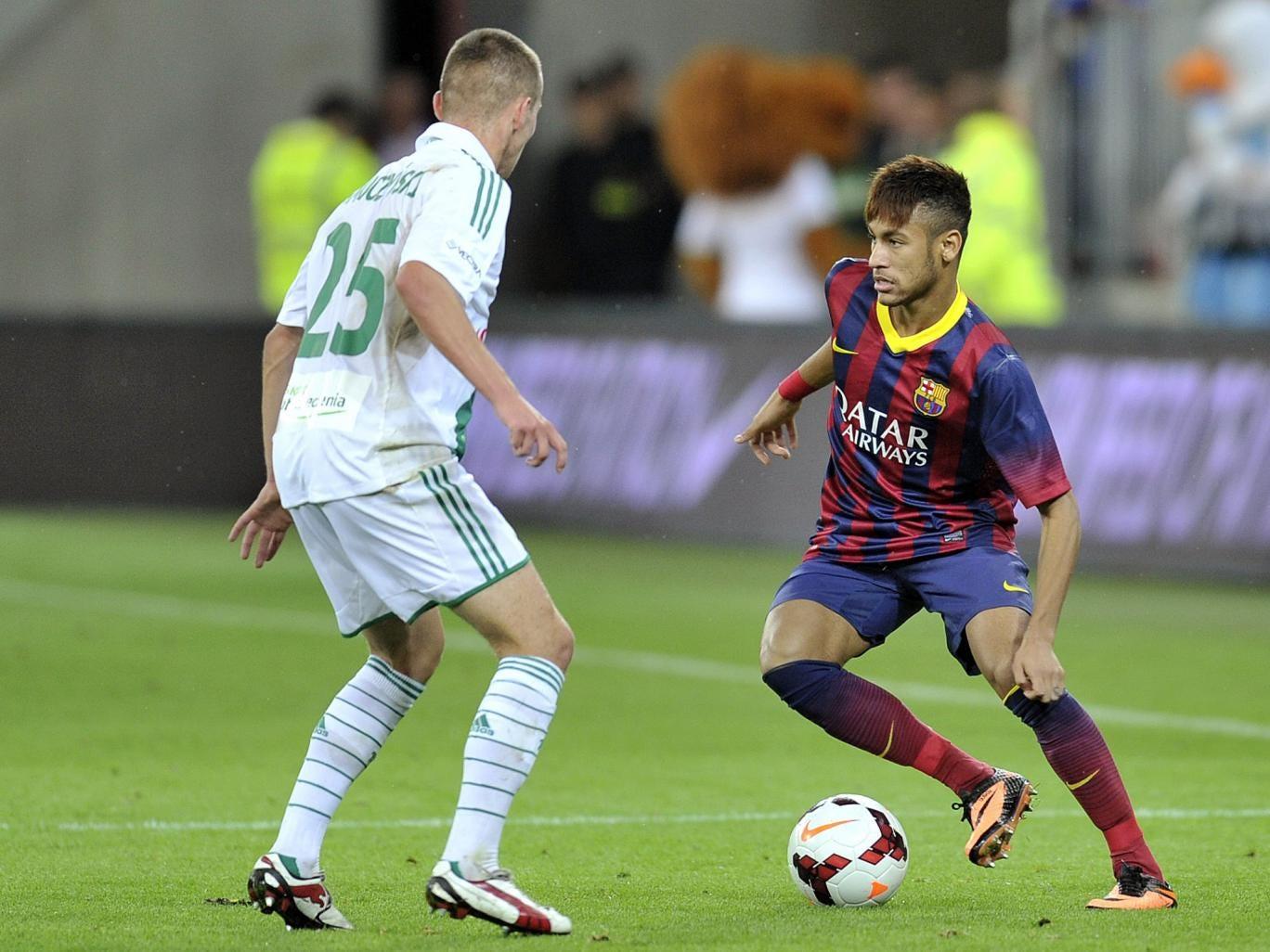 Neymar makes his debut against Lechia Gdansk