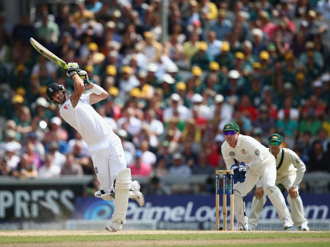 Pietersen smashes the first of two consecutive sixes off Nathan Lyon (Getty Images)