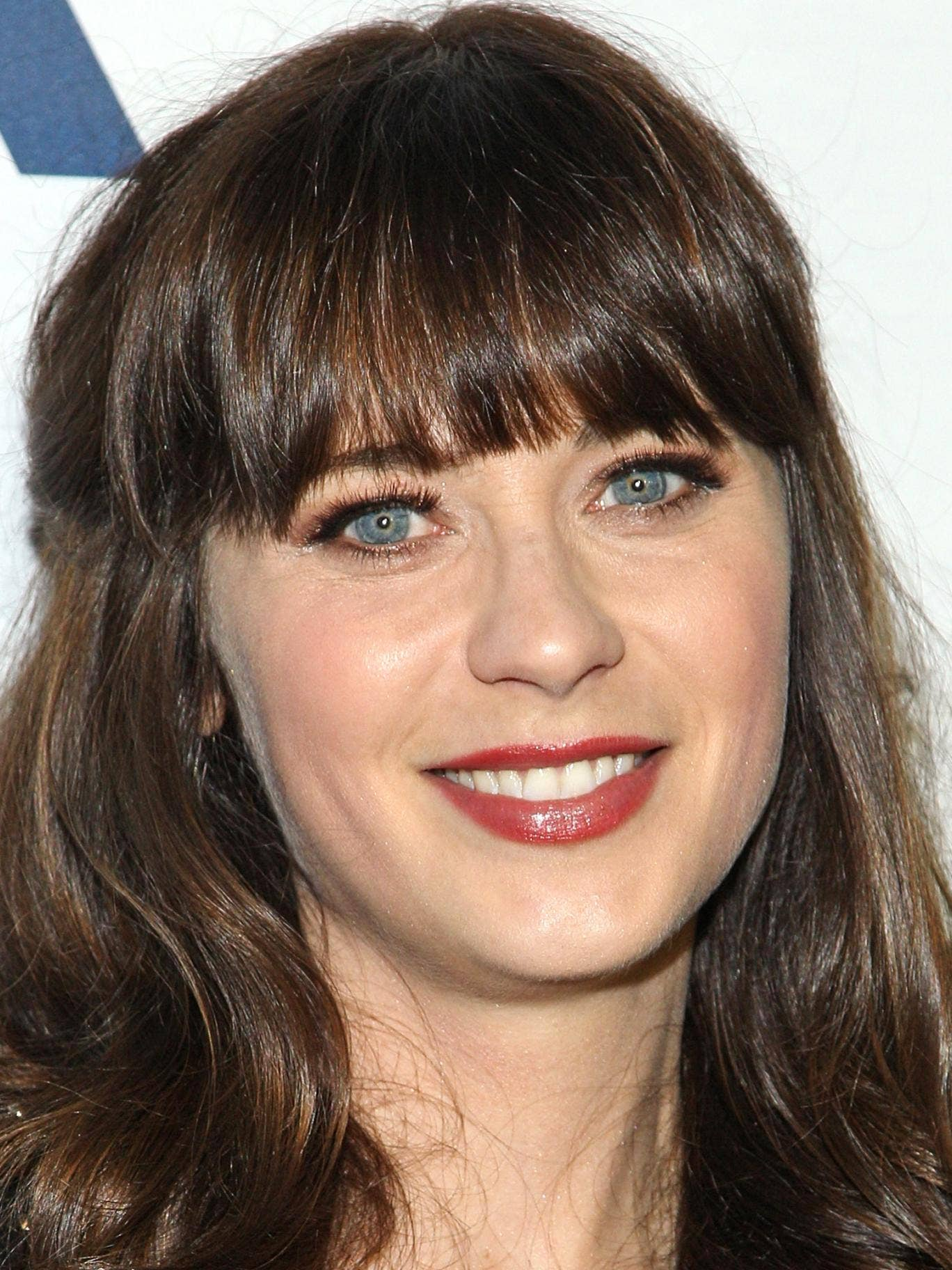 Zooey Deschanel said she gets 'overwhelmed' by the negativity that exists online