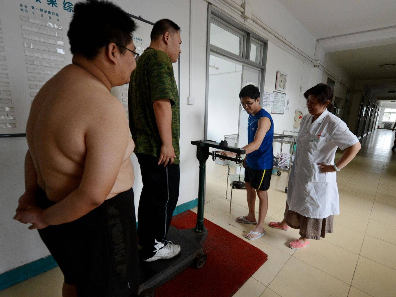 Patients attend a weight-loss clinic in the city of Tianjin.