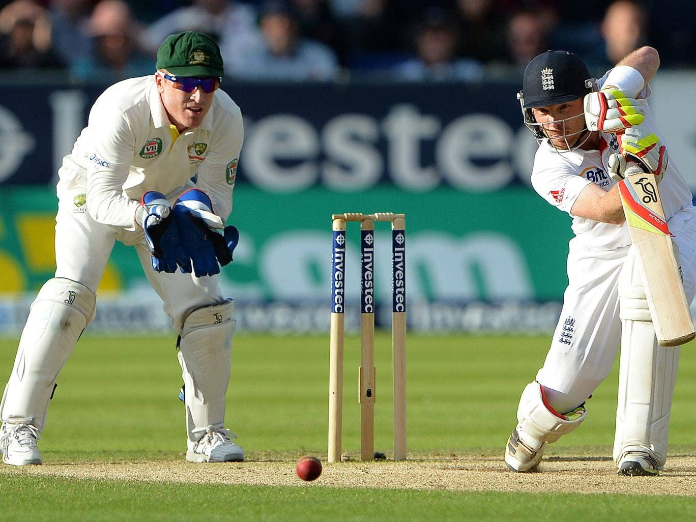 Ian Bell never gave Australia a chance in a four-hour hundred which took his series tally to almost 500