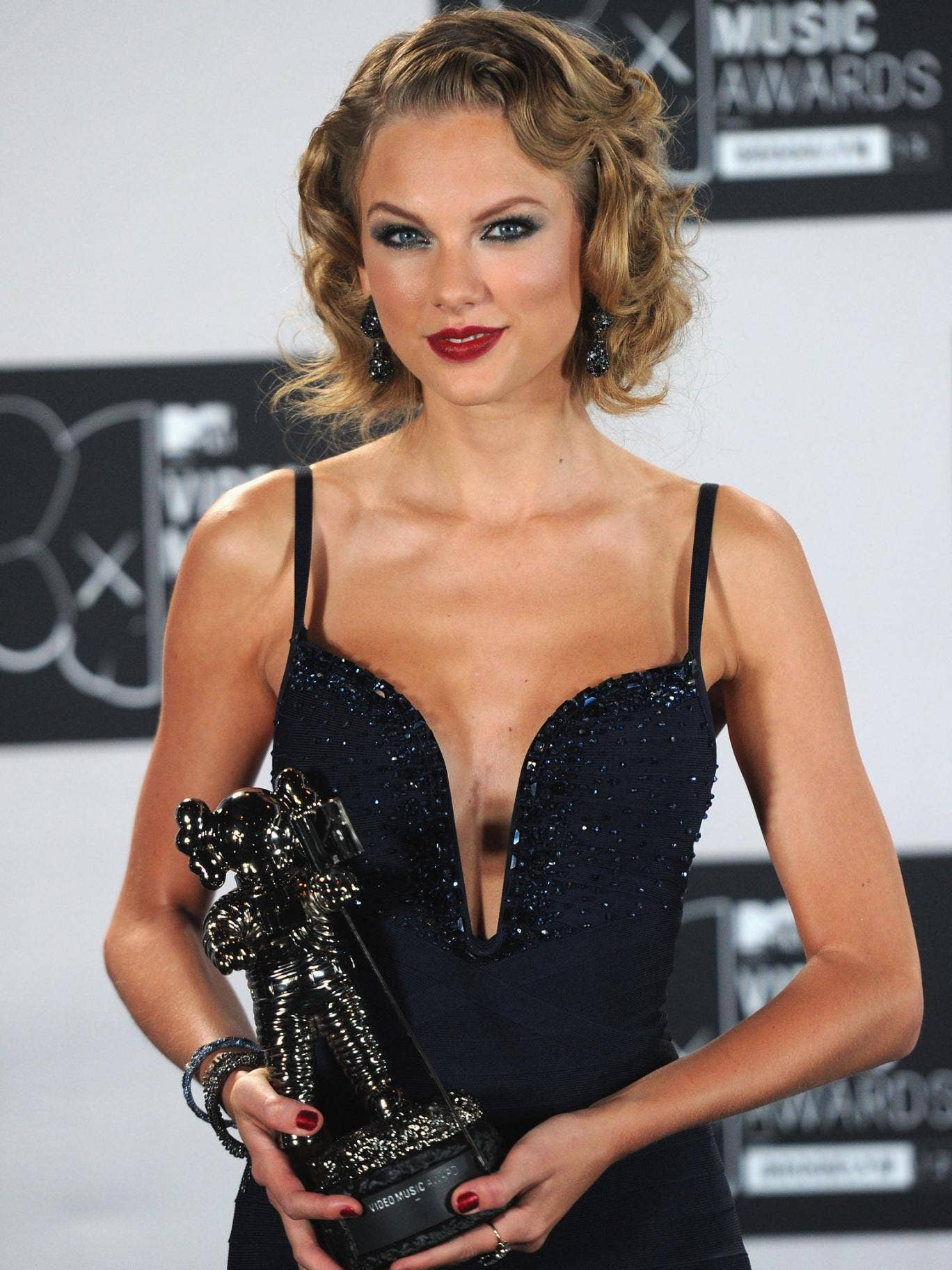 Taylor Swift at the Video Music Awards
