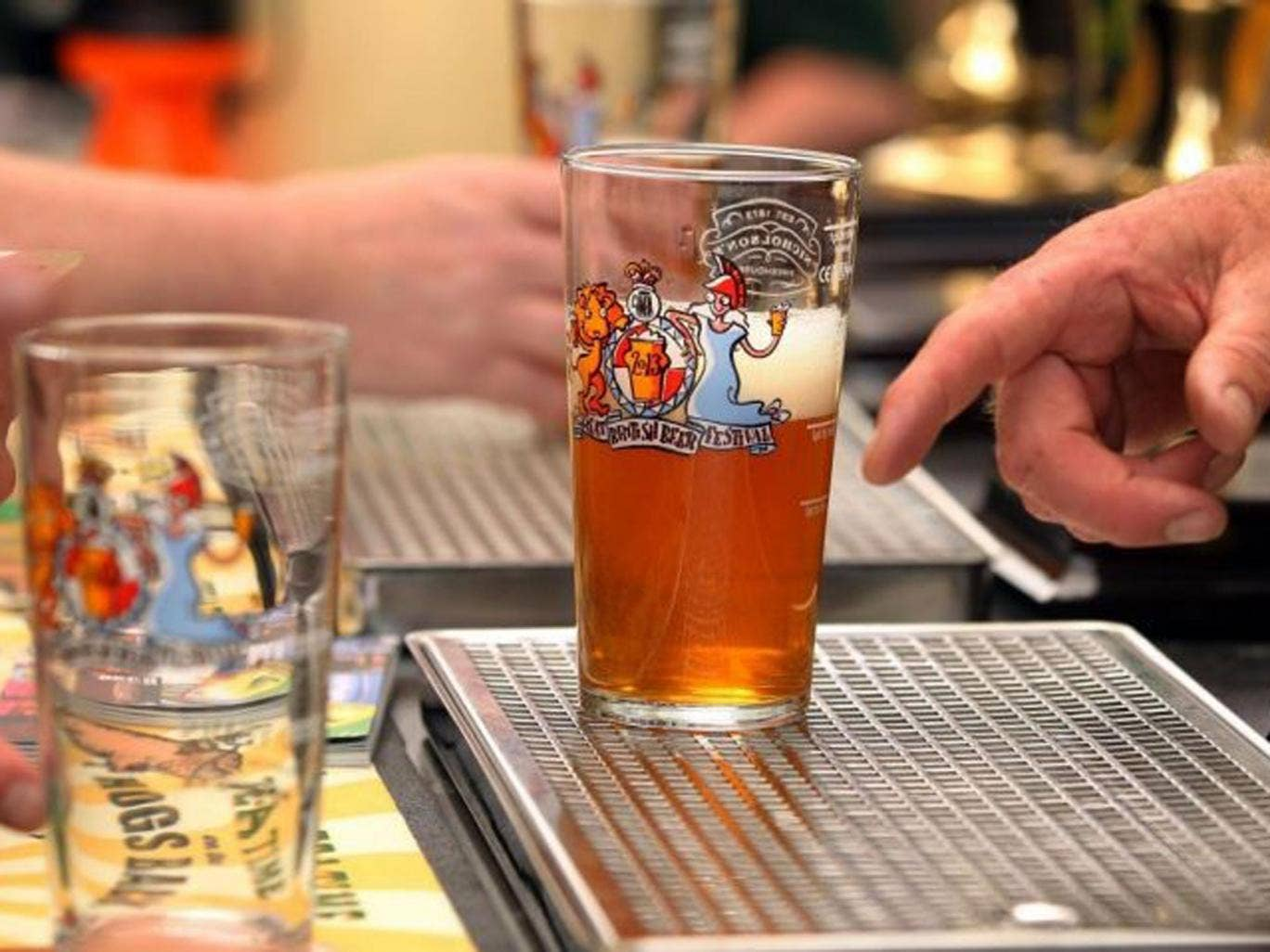 Talks aimed at averting the threat of disruption to deliveries of beers, lagers and soft drinks to pubs, clubs and thousands of other sites will be held today.