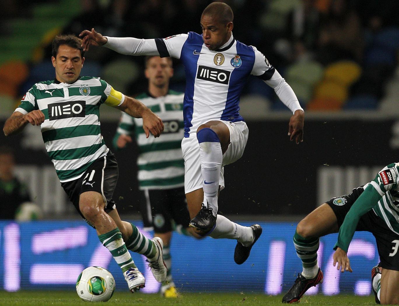 Everton-bound? Porto's Brazilian midfielder Fernando