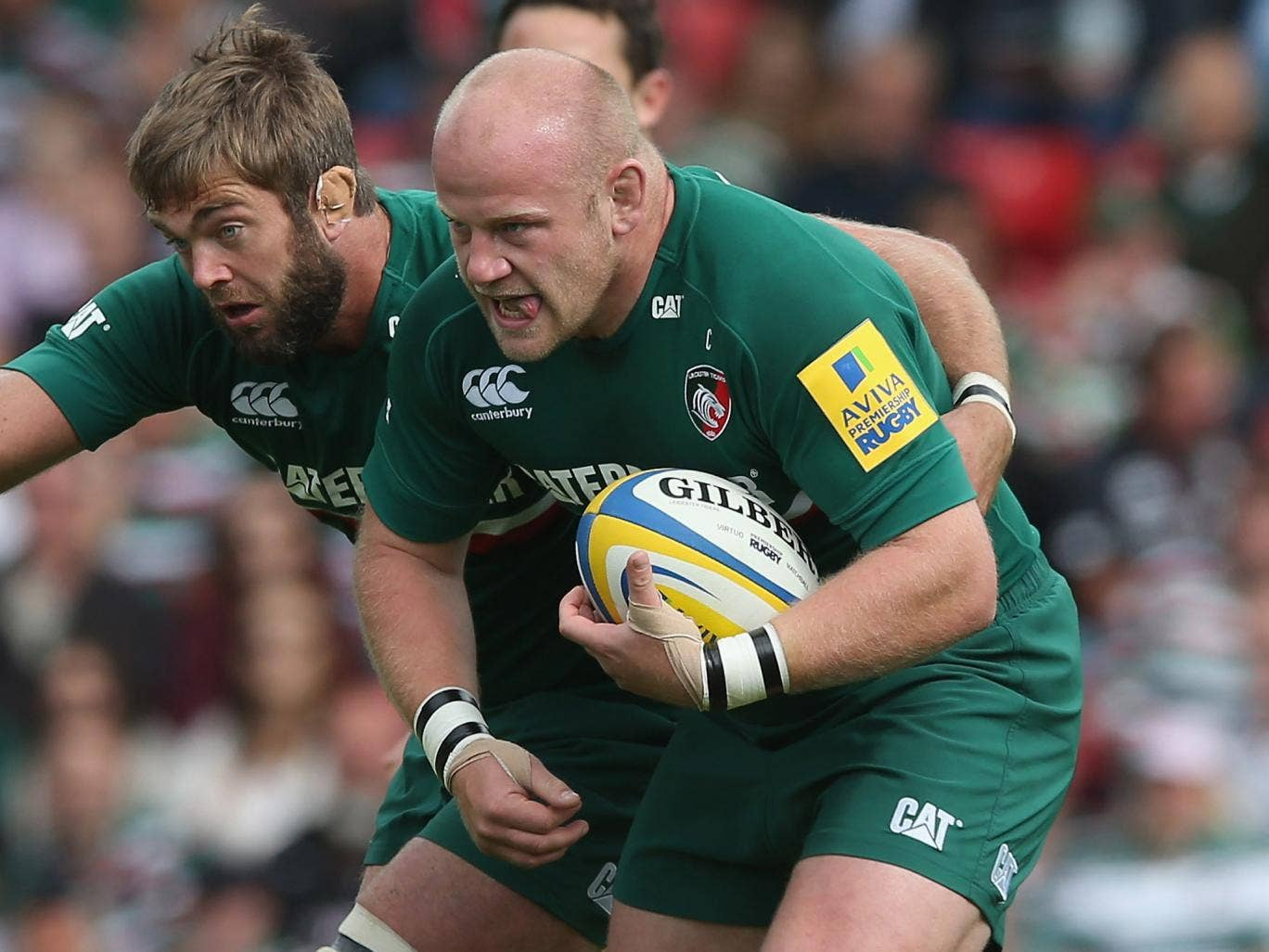 Dan Cole (R), alongside Leicester Tigers and England team-mate Geoff Parling (L), has been cleared of biting in the Aviva Premiership match against Worcester Warriors