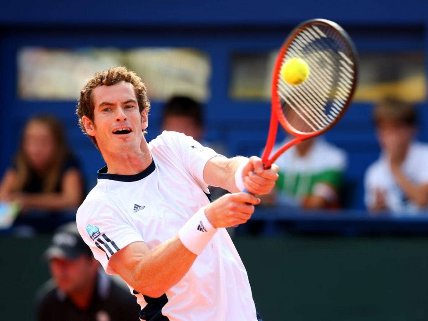 Andy Murray eased to a straight-sets win yesterday but may now be rested