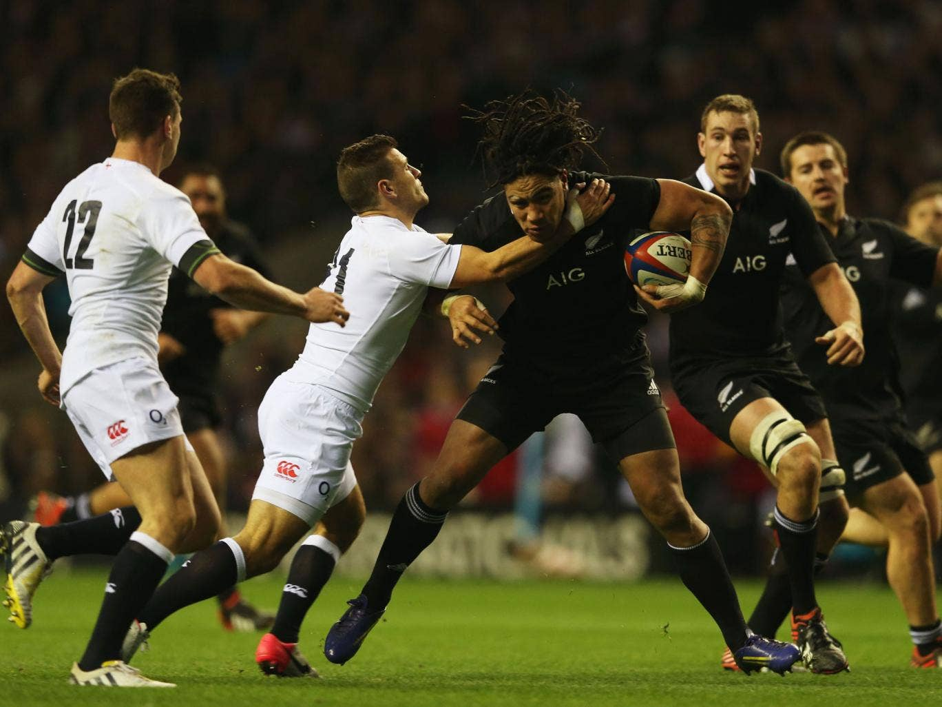 England and New Zealand get acquainted at Twickenham in 2012