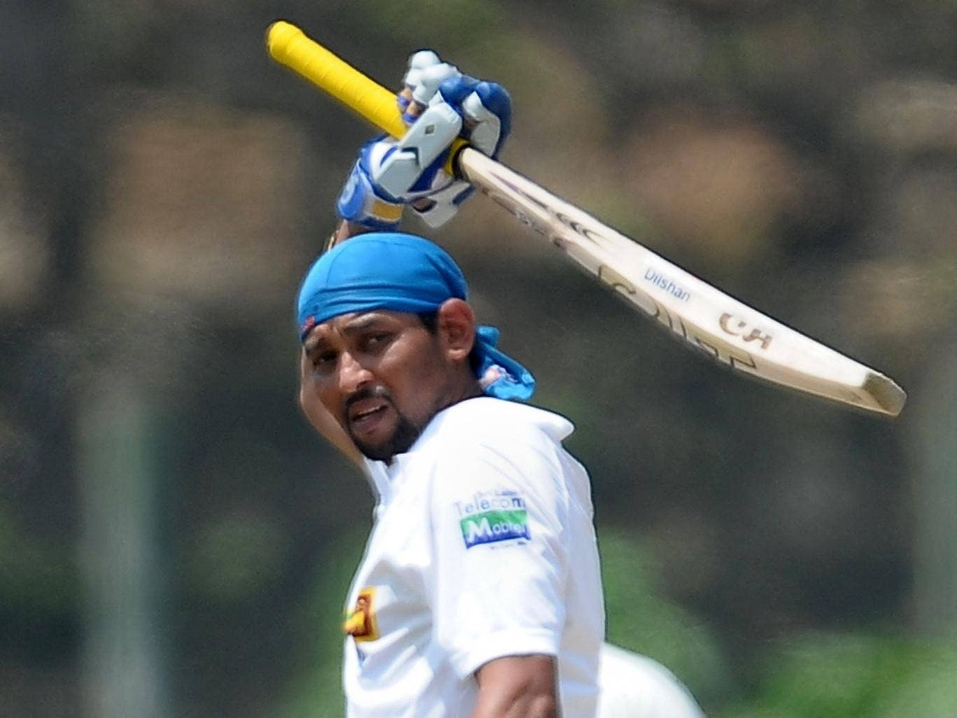 Tillakaratne Dilshan is to retire from Test cricket