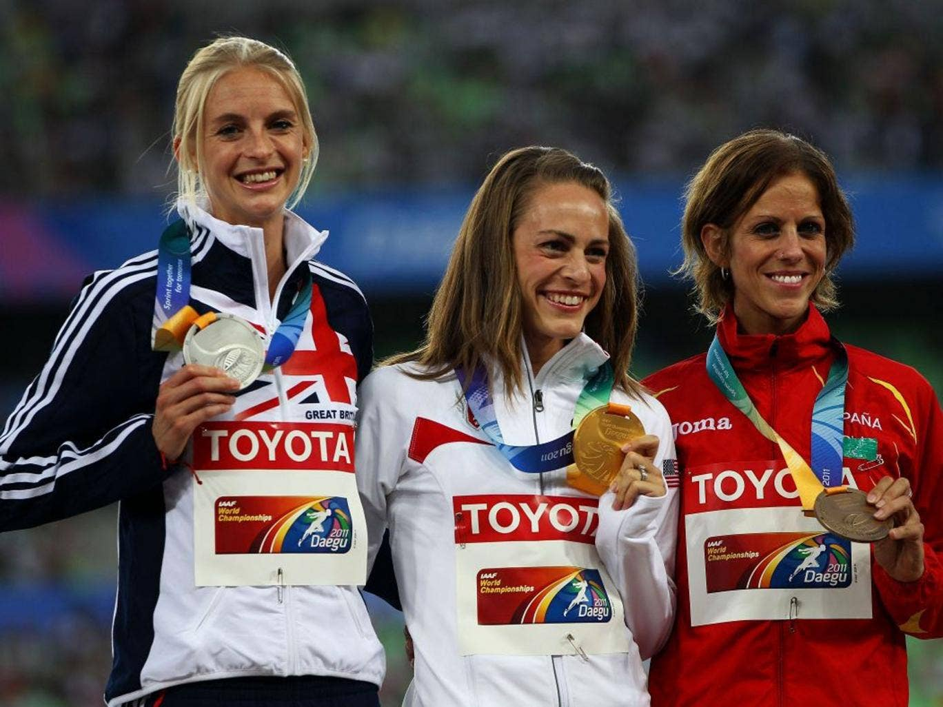 Hannah England with her silver medal in the London Olympics
