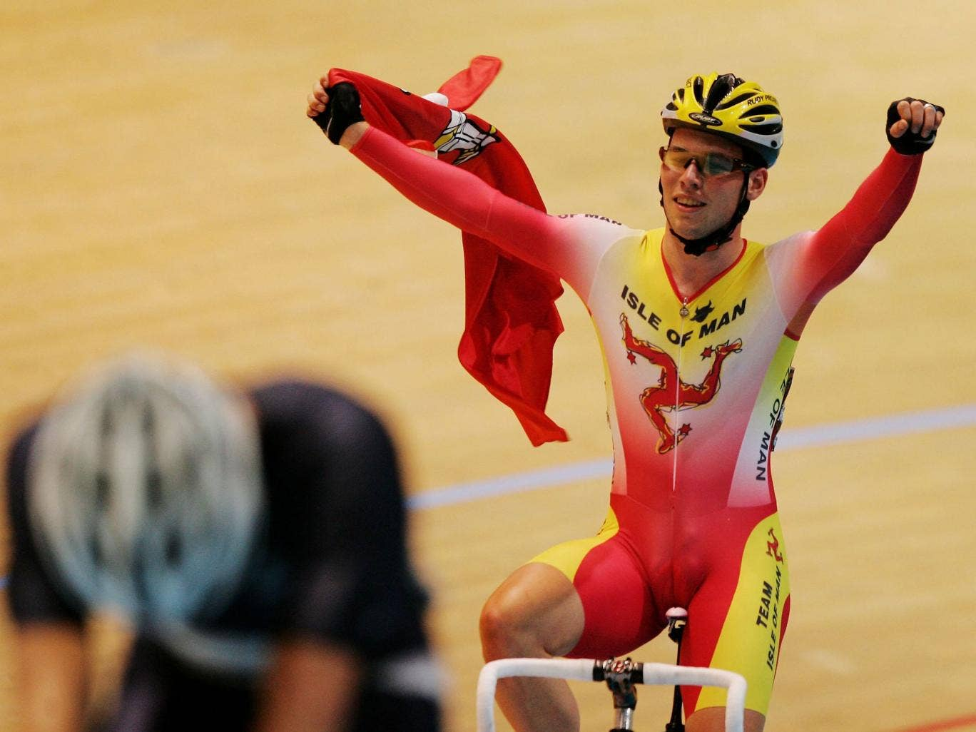 Mark Cavendish celebrates after winning gold for the Isle of Man at the 2006 Commonwealth Games in Melbourne