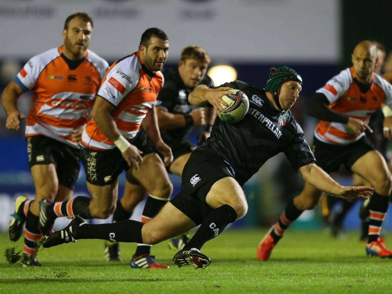 Leicester's Thomas Waldrom breaks through the Treviso defence