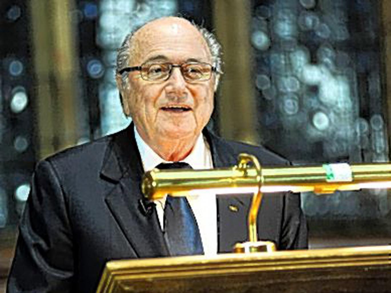 Sepp Blatter speaks to Oxford University students