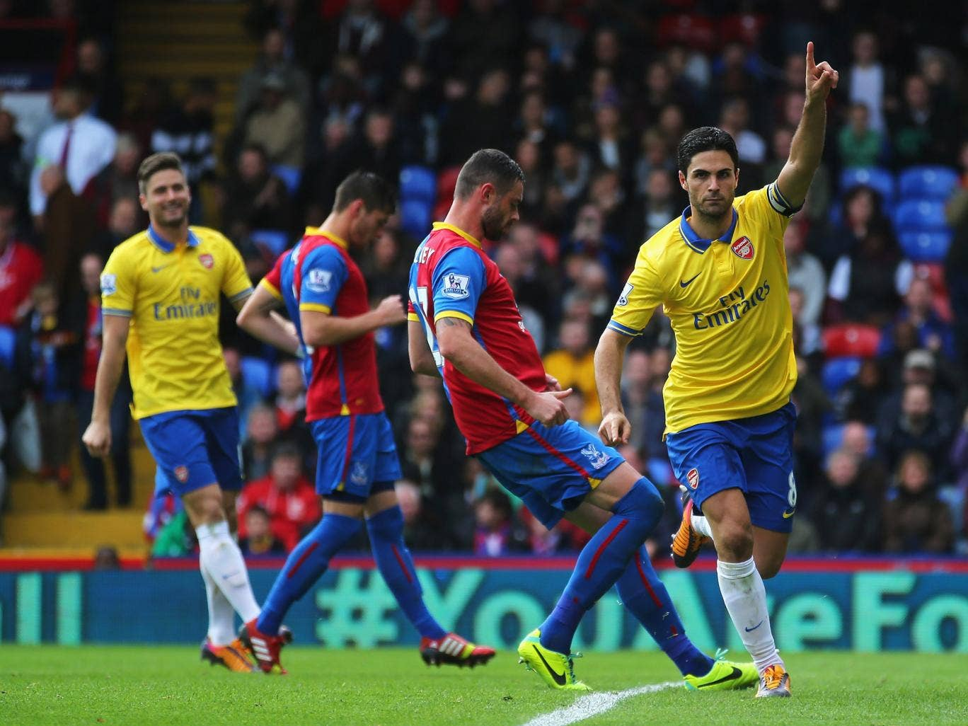 Mikel Arteta celebrates after giving Arsenal the lead