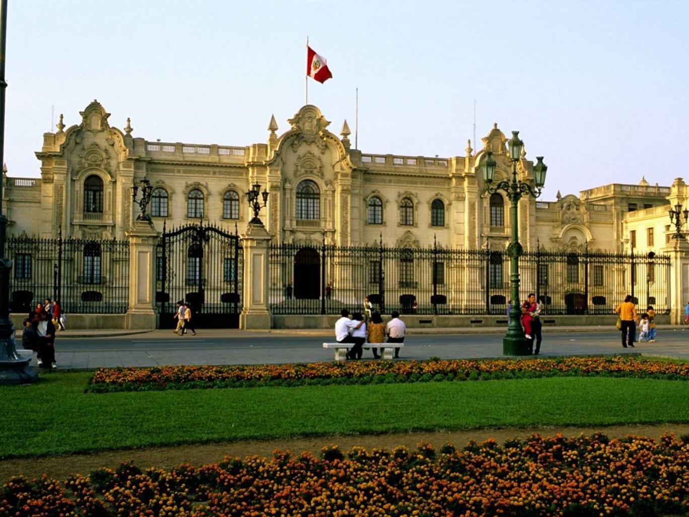 Presidential pad: the stately Palacio del Gobierno in the Plaza Mayor