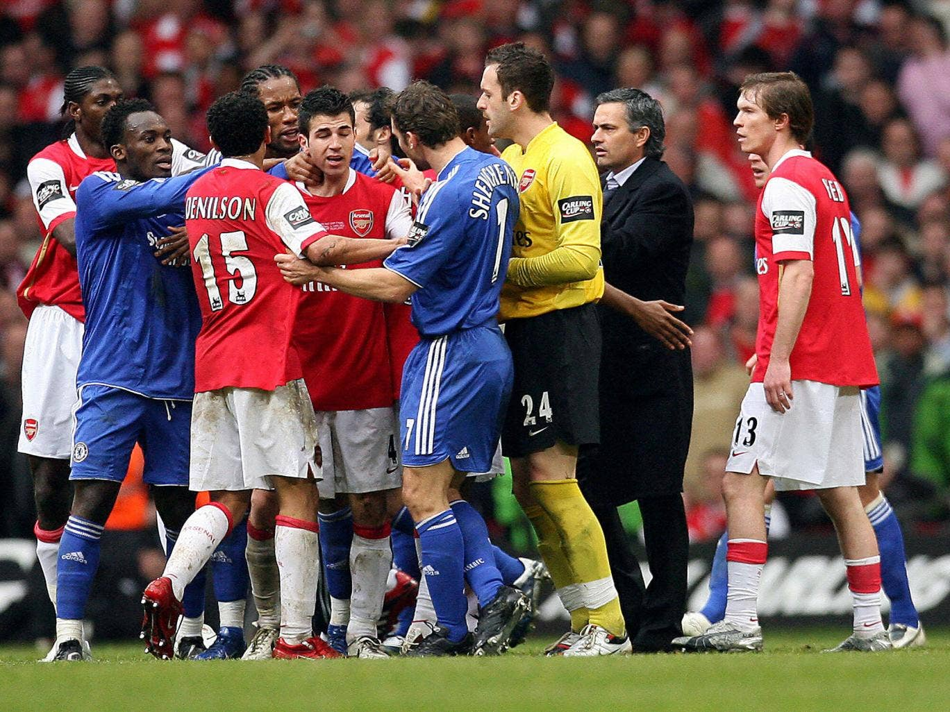 Arsenal and Chelsea players clash in the 2007 Carling Cup final