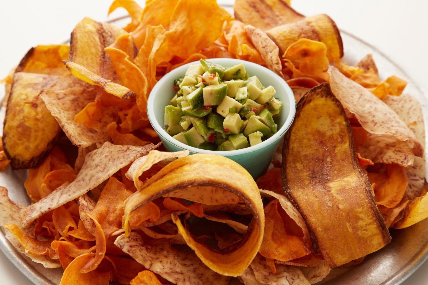 Caribbean crisps with avocado salsa