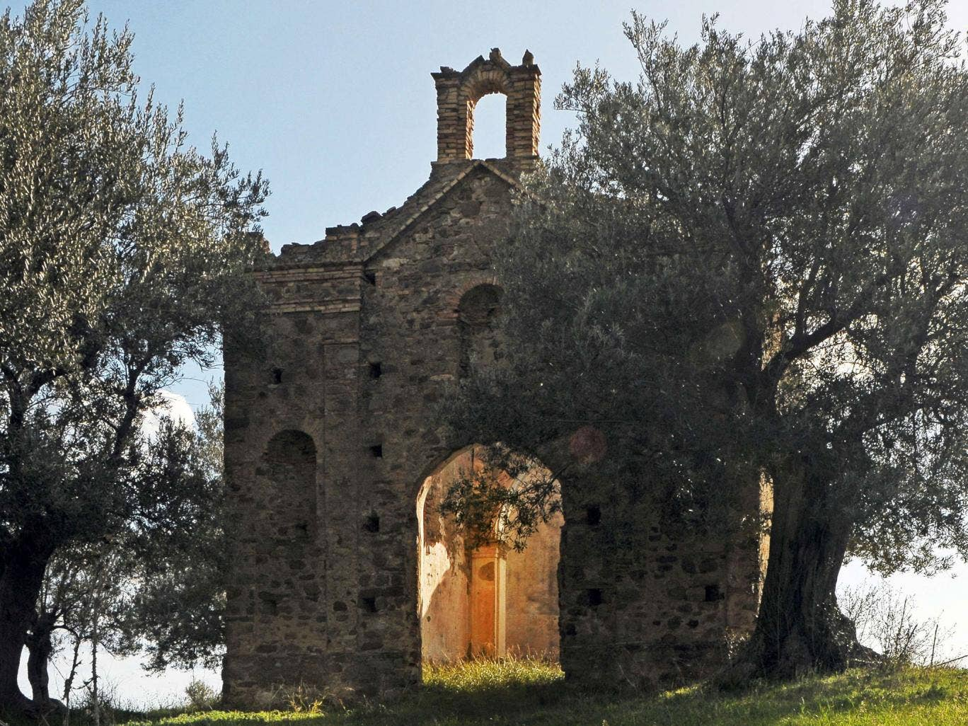The church in Montegiordano, Calabria, before it was dismantled