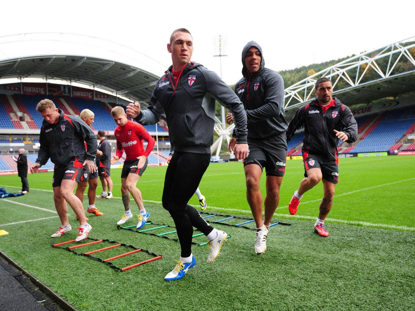 Kevin Sinfield (front centre), Leroy Cudjoe (front right) and Rangi Chase (right) during the Captain's Run at the John Smith's Stadium, Huddersfield