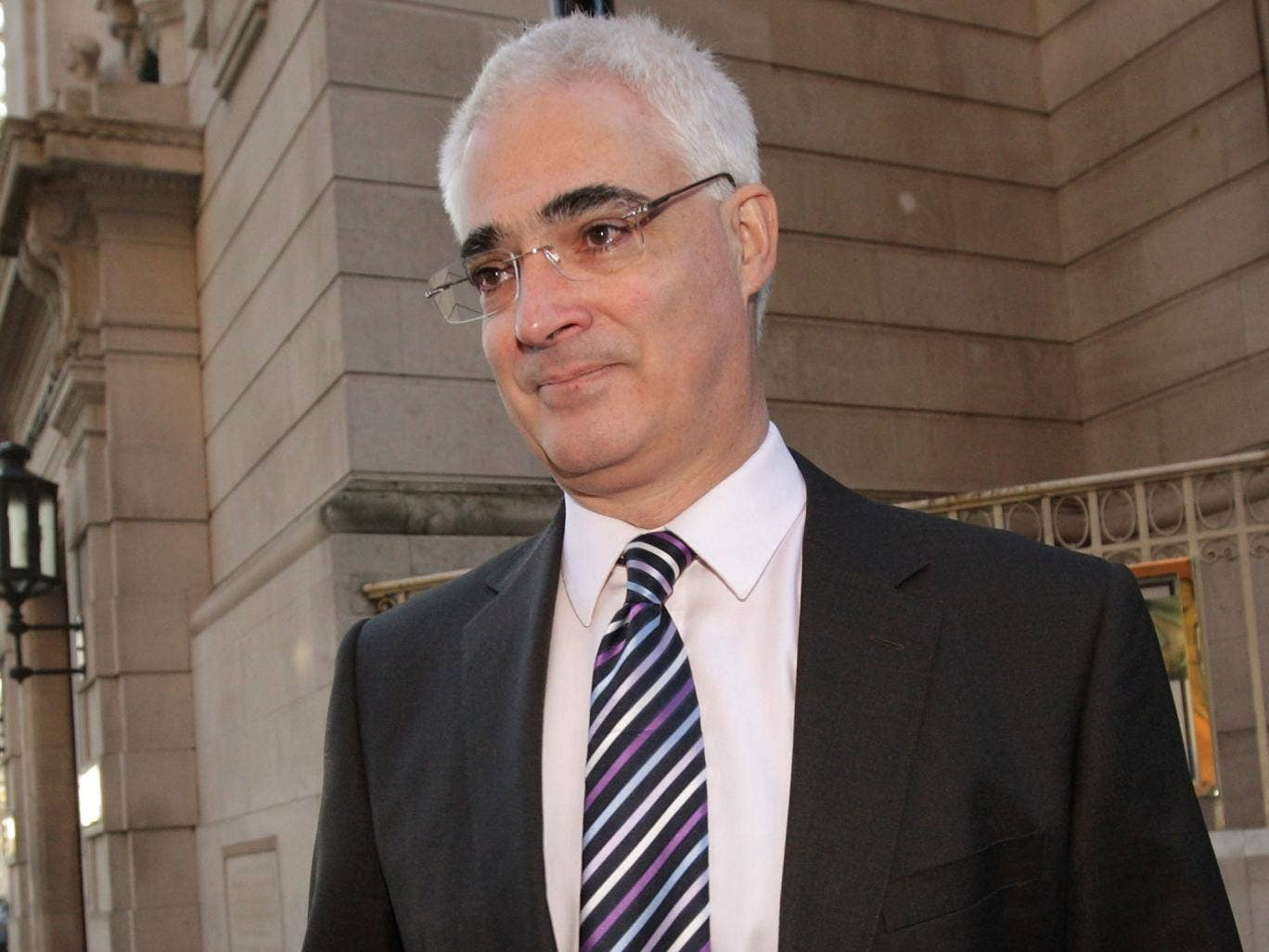 Alistair Darling is calling for a new inquiry by the Labour party