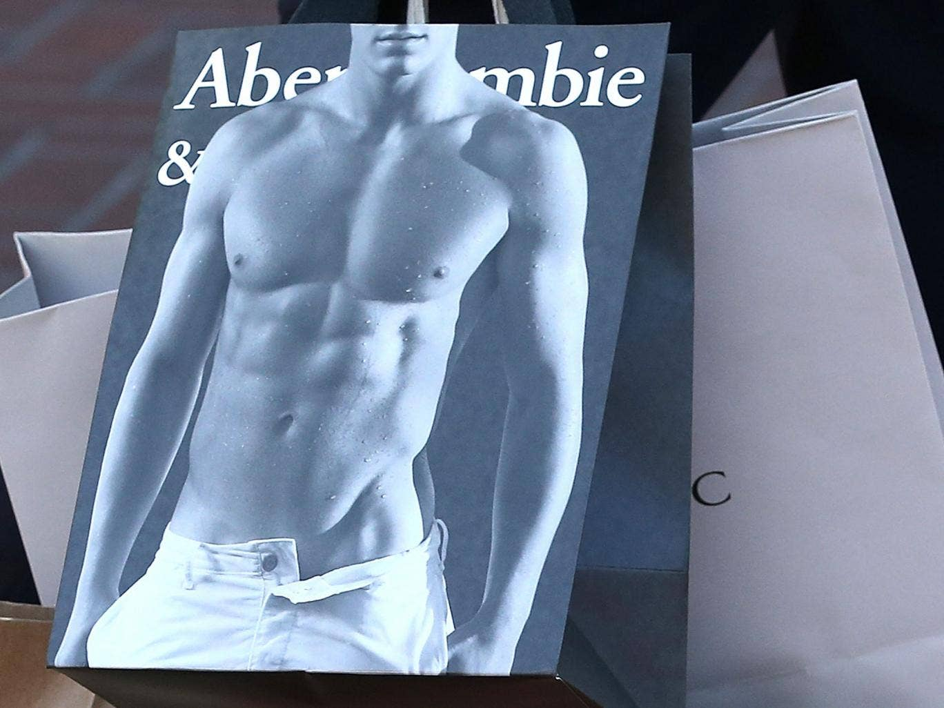 Abercrombie & Fitch bags feature fit young models