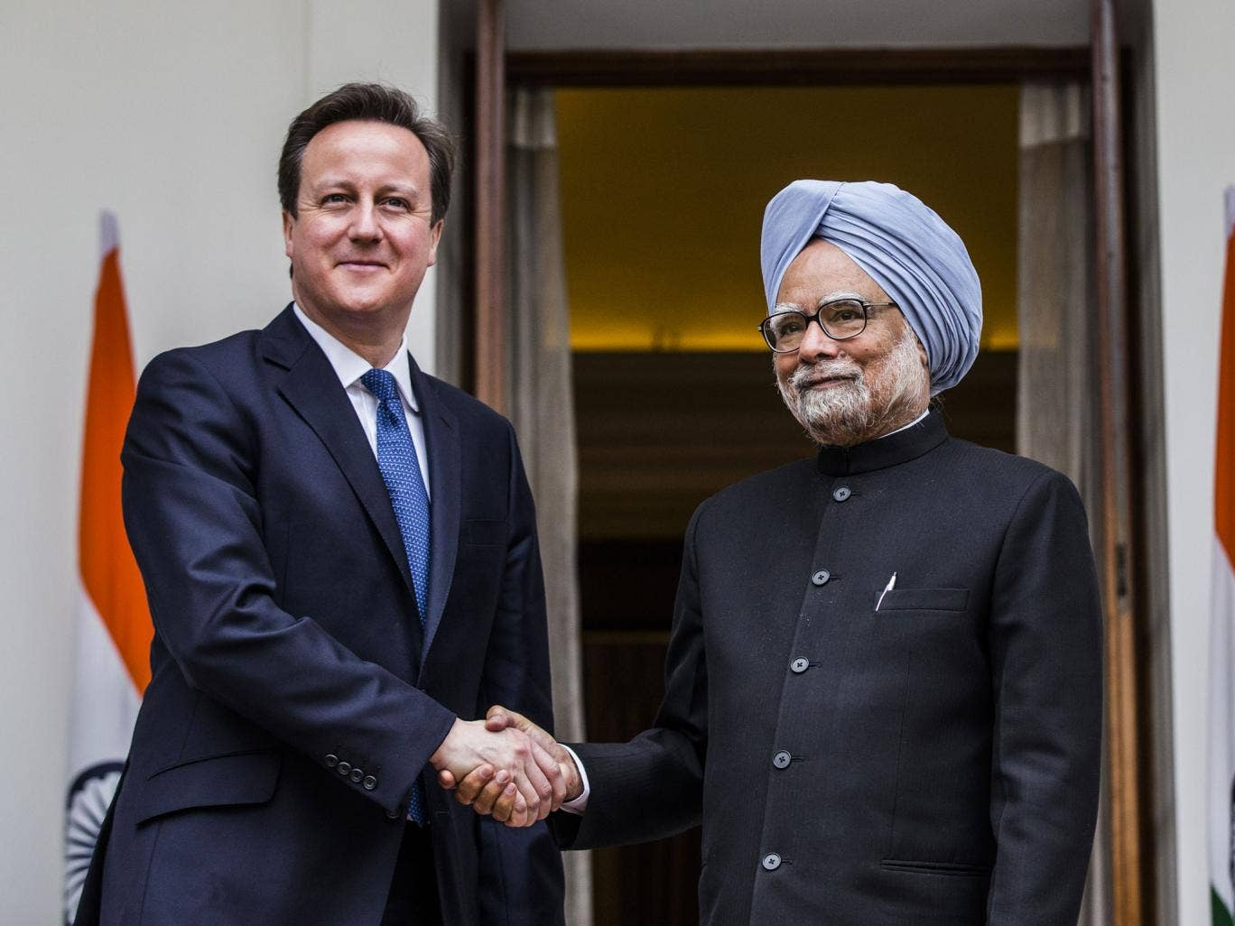David Cameron has been urged to follow the lead of the Indian premier Manmohan Singh and boycott the summit