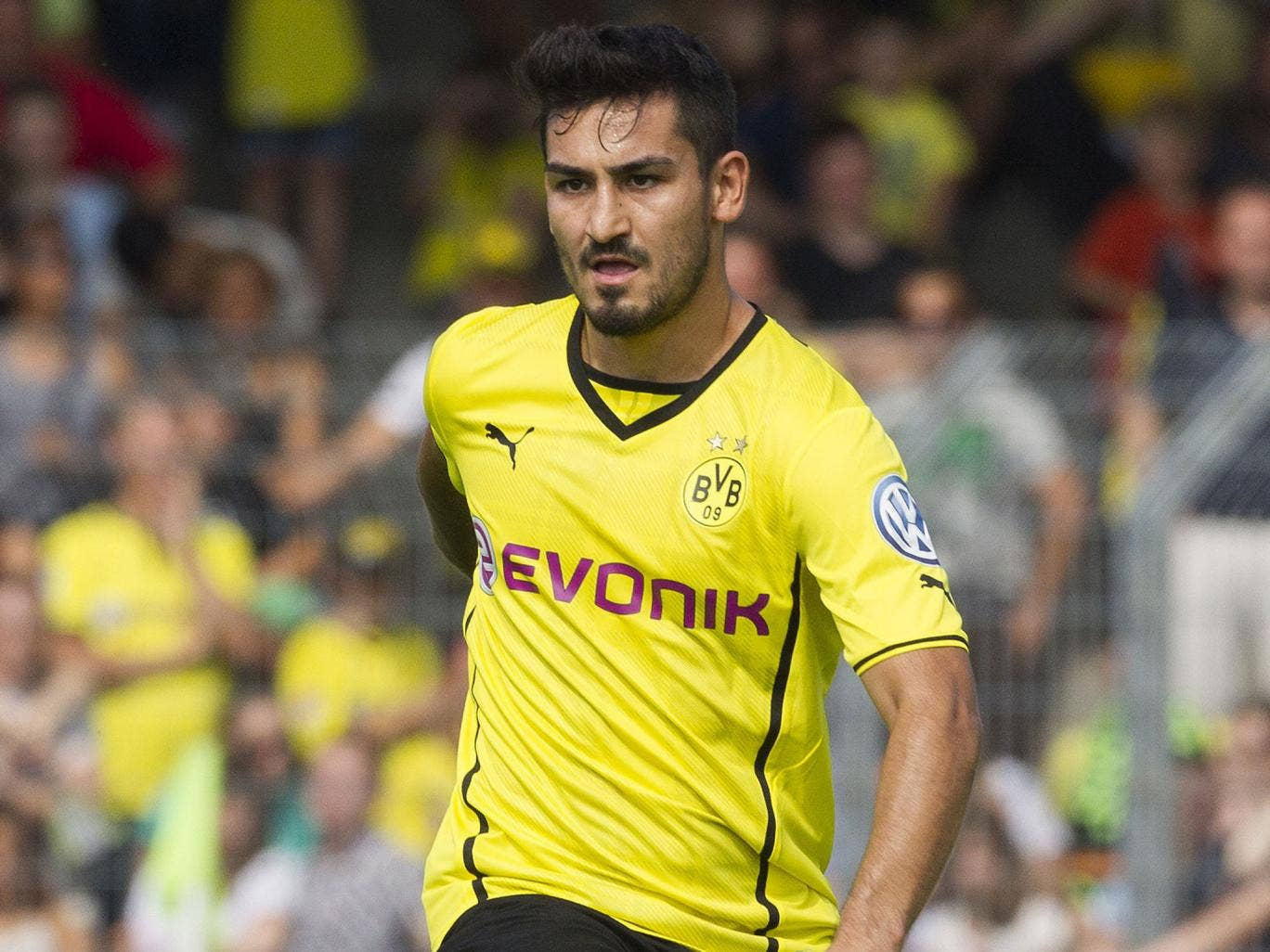 Ilkay Gundogan could be the answer to Manchester United's midfield problems