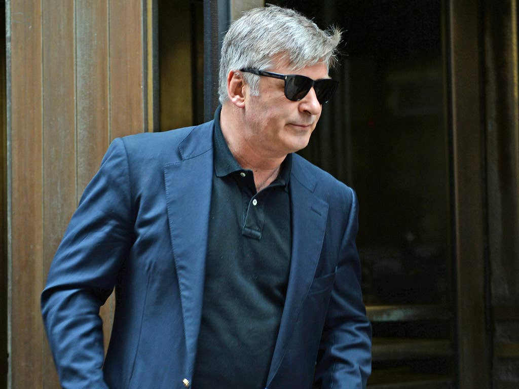 Alec Baldwin leaves Manhattan Criminal Court after testifying against Genevieve Sabourin