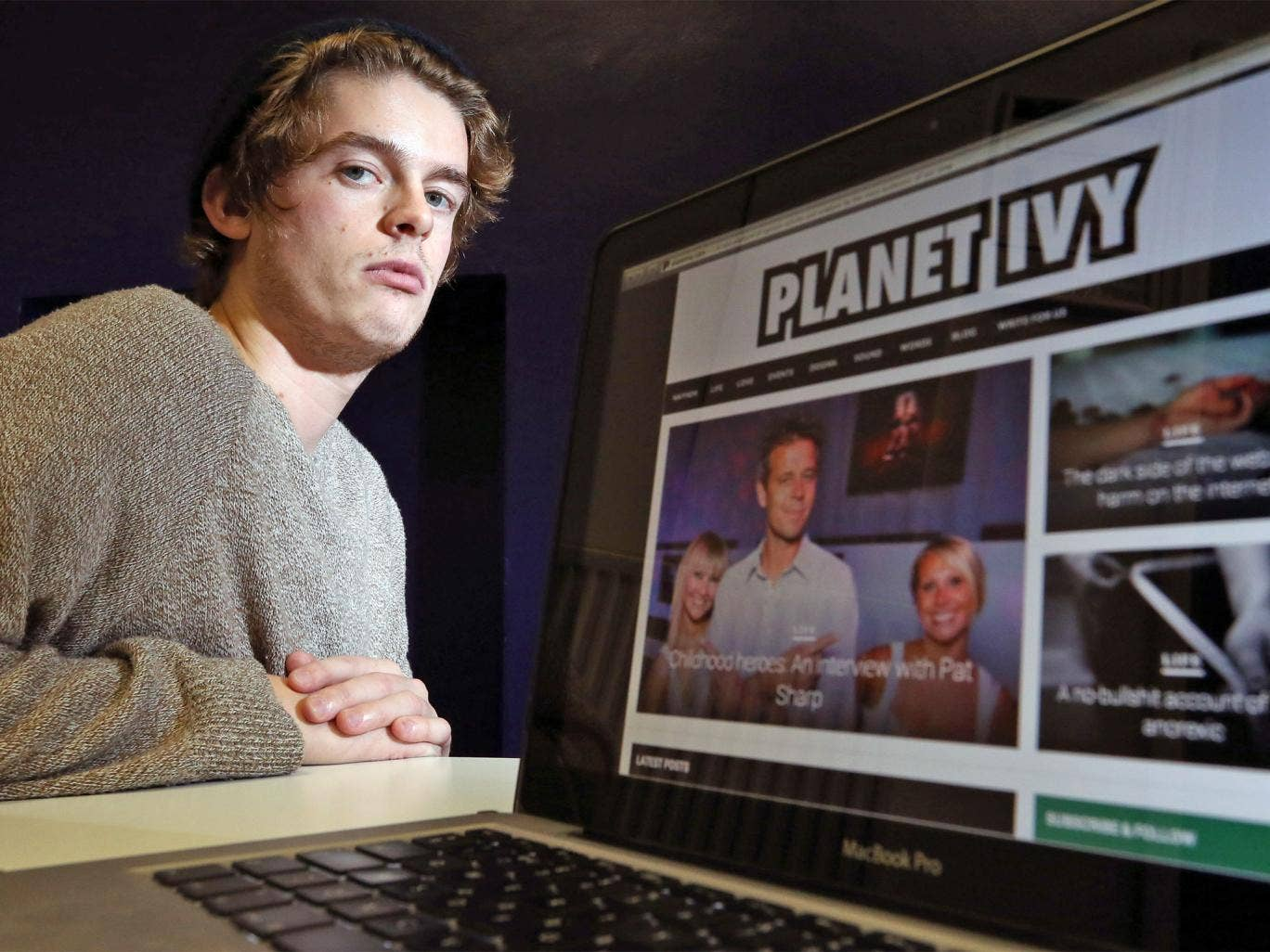 Robert Hall, an english student at Goldsmiths University, is on a zero-pay contract at Planet Ivy