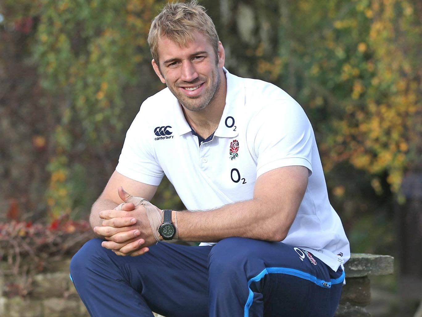 Chris Robshaw: 'We had our backs against the wall [last year] and we went out swinging'