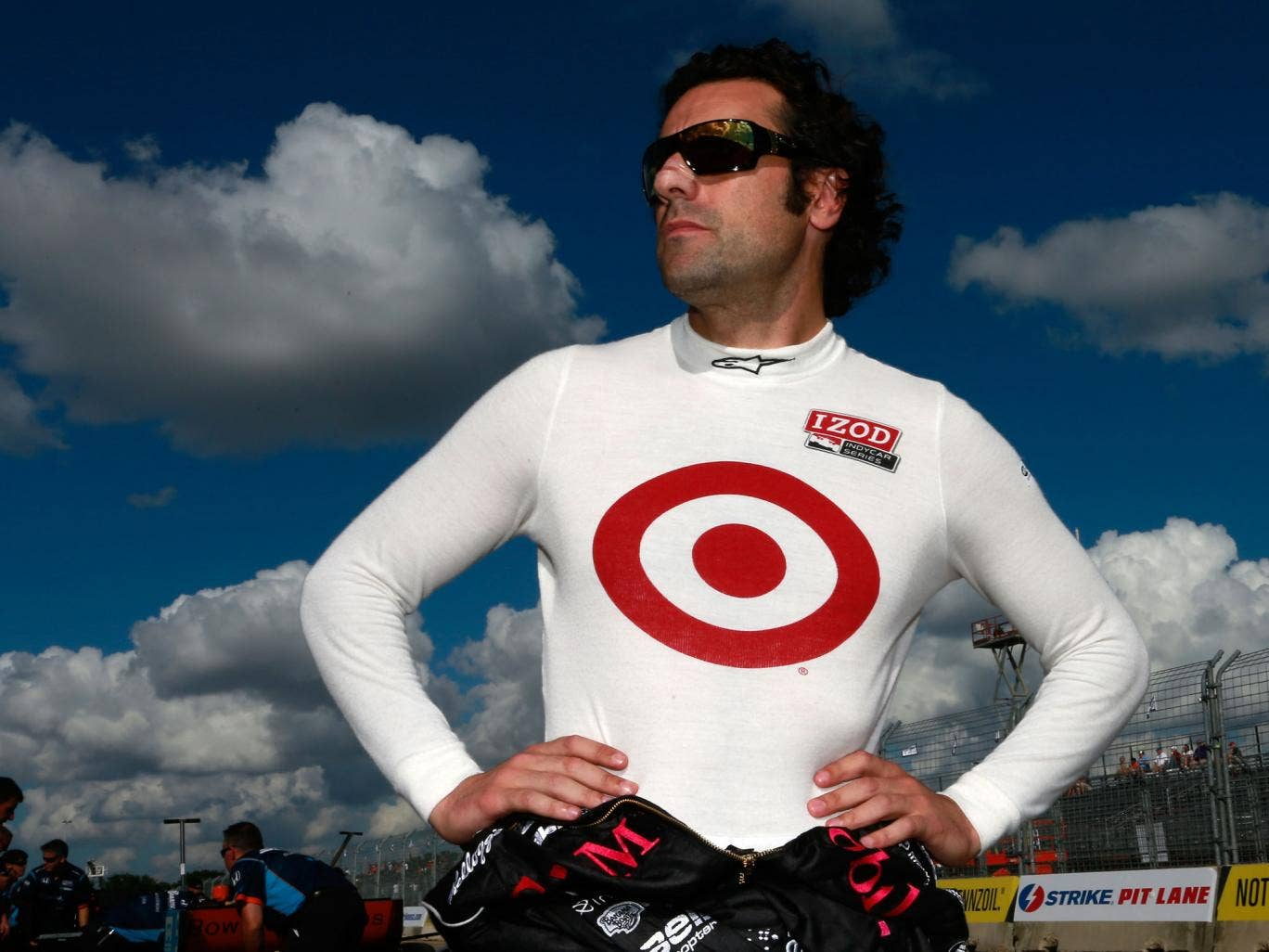 Four-time IndyCar champion Dario Franchitti has been forced to retire from racing after injuries sustained in a horror crash at the Grand Prix of Houston last month